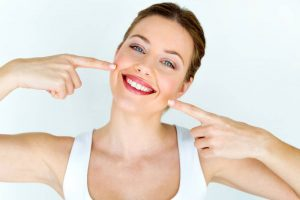 ¿Qué debemos saber antes de realizar un blanqueamiento dental?